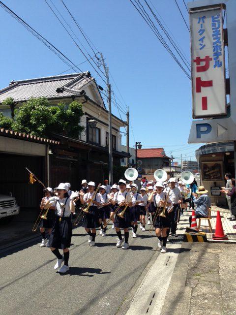2016校区パレード1